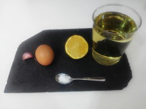 mayonesa casera, cómo hacer mayonesa casera, ingredientes mayonesa casera