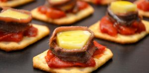 spanish recipes, spanish appetizer recipes with pictures, spanish food, spanish tapas, tapas con queso tetilla